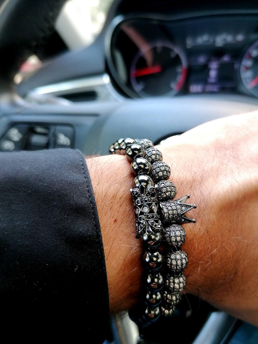 Black Bead Bracelet With Crown Terrebonne